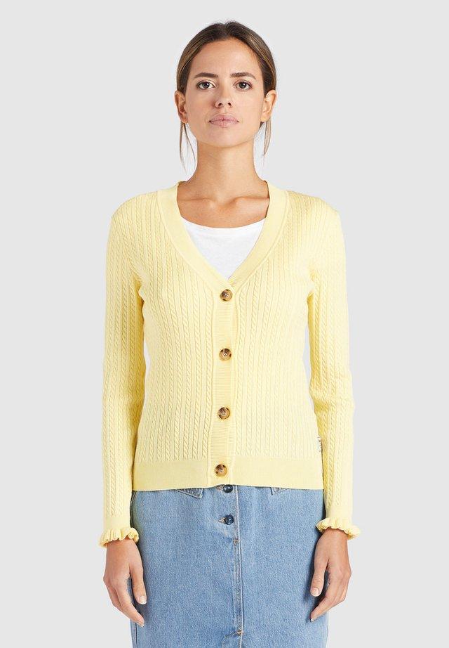 SUSTU - Vest - yellow