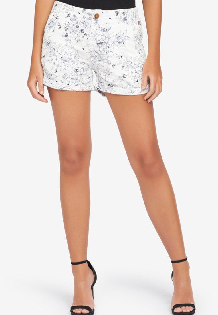 khujo - CARIDA  - Shorts - white