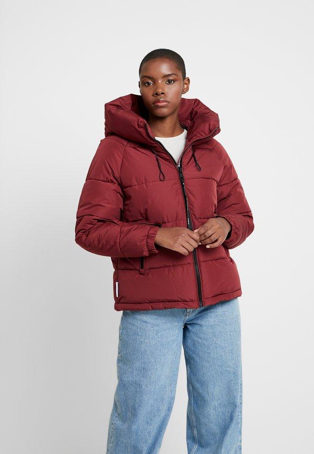 ALEXIA - Winter jacket - red