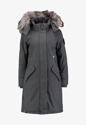 Abrigo de invierno - mud