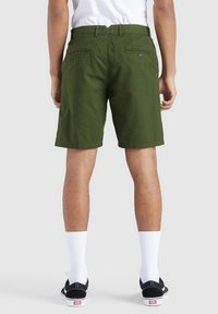 khujo - AIAS - Shorts - olive - 2