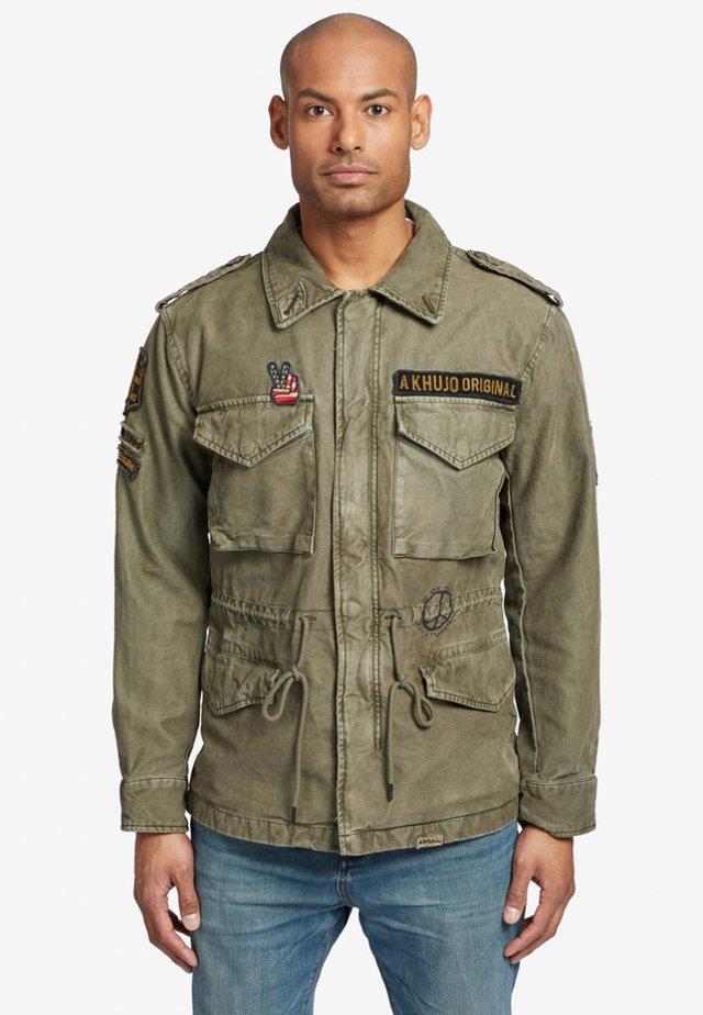CLARENCE - Denim jacket - green
