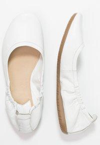 Kickers - RABAT - Ballerina - blanc - 3