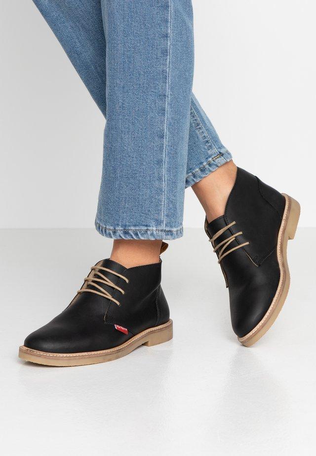 TYL - Chaussures à lacets - noir