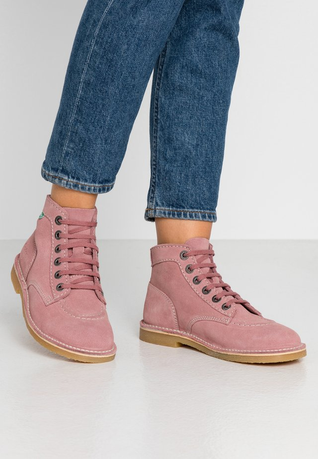 ORILEGEND - Ankle Boot - vieux rose