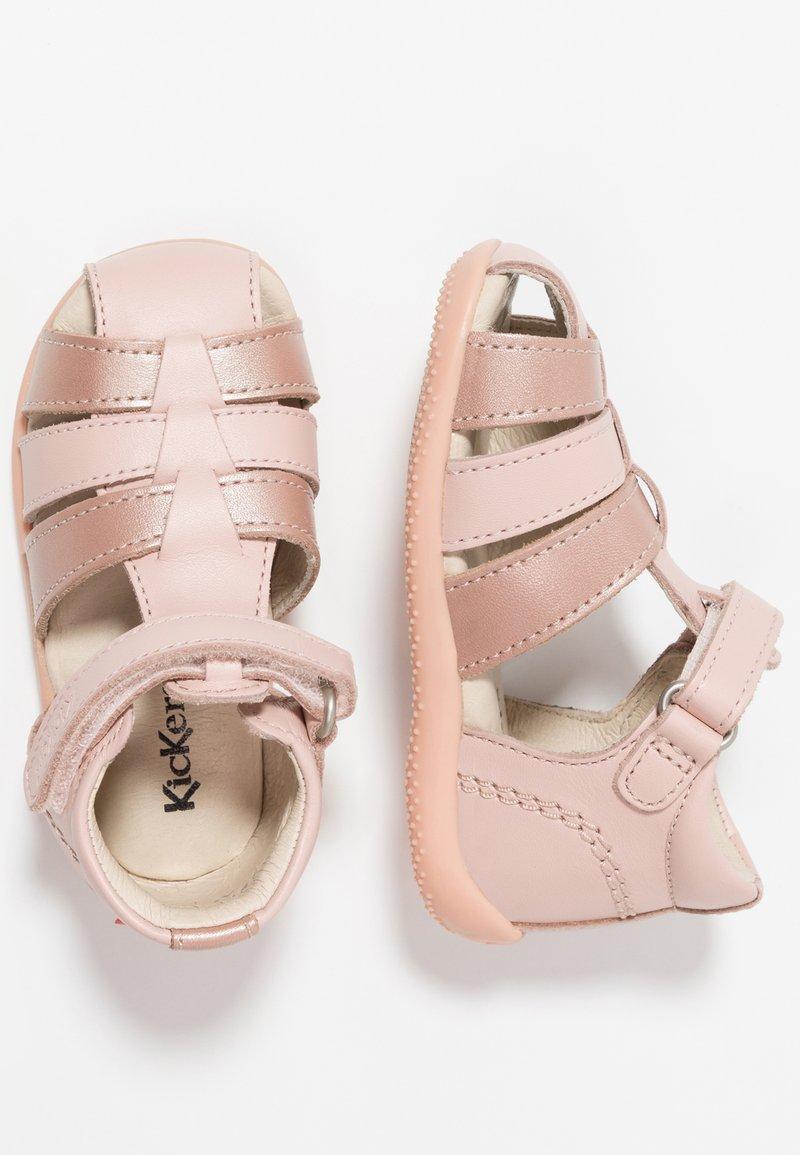 Kickers - BIGFLO - Lær-at-gå-sko - pink
