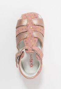 Kickers - BIGFLY - Vauvan kengät - rose - 1