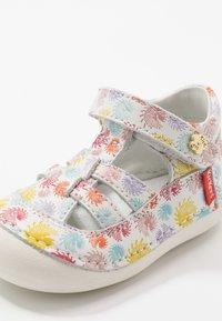 Kickers - SUSHY - Baby shoes - multicolor - 2