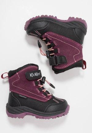 JUMP WPF - Zimní obuv - black/purple