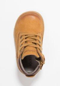 Kickers - TACKLAND - Dětské boty - camel/marron - 0