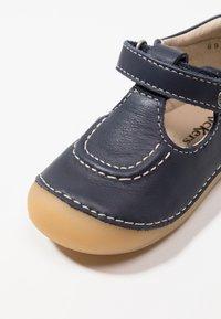 Kickers - SALOME - Lära-gå-skor - dark blue - 2