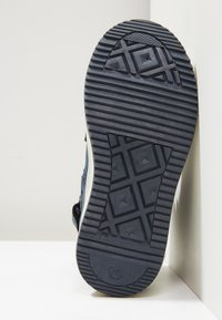 Kickers - YEPO - Bottines à lacets - navy - 4