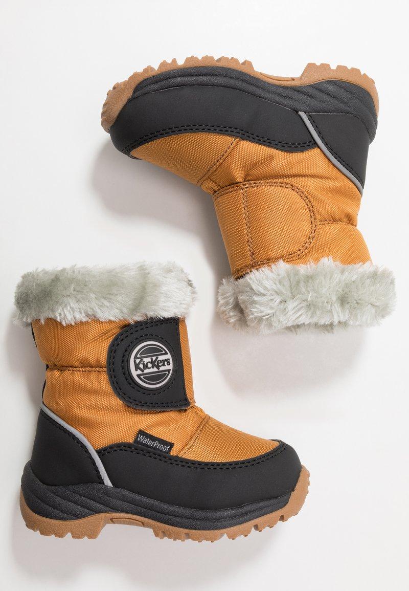 Kickers - JUMPSNOW WPF - Winter boots - black/camel