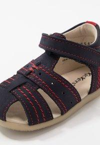 Kickers - BIGBAZAR - Vauvan kengät - marine/rouge - 2