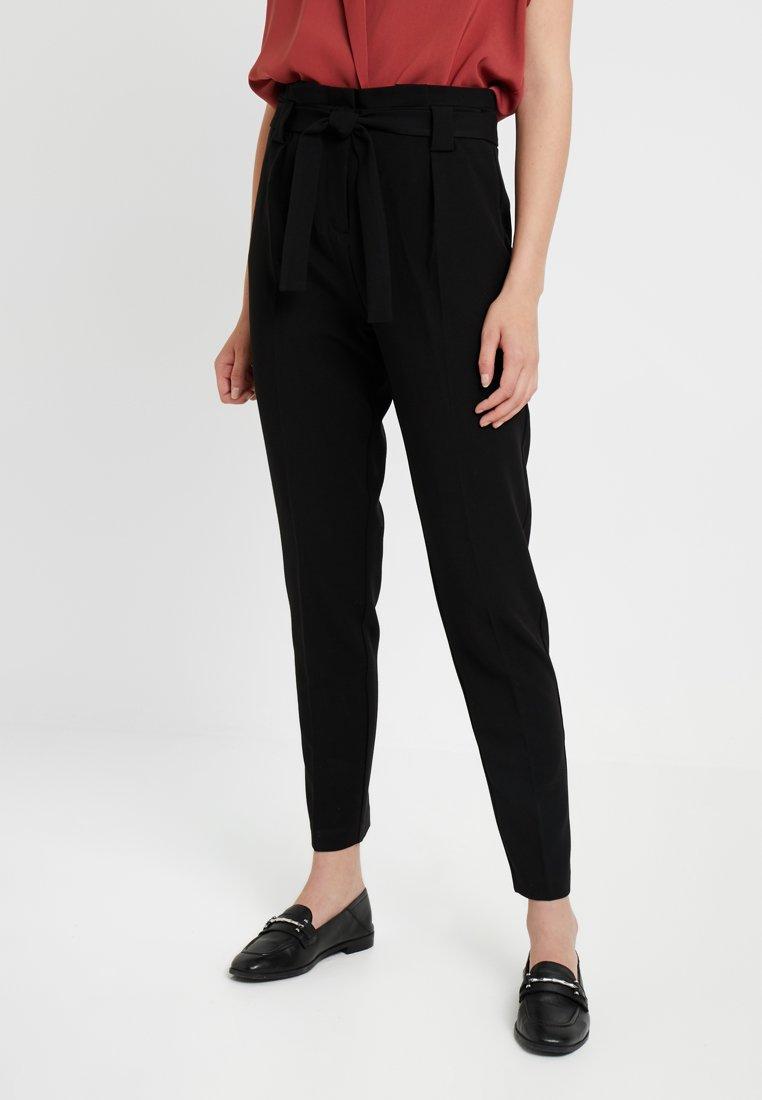 KIOMI TALL - Pantalones - black