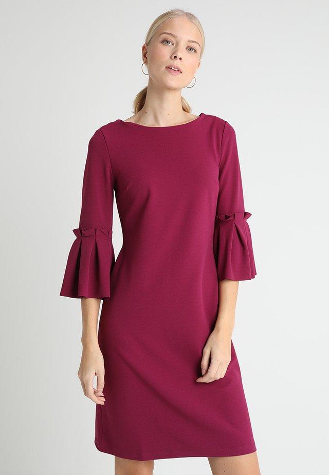 Žerzejové šaty - fuchsia