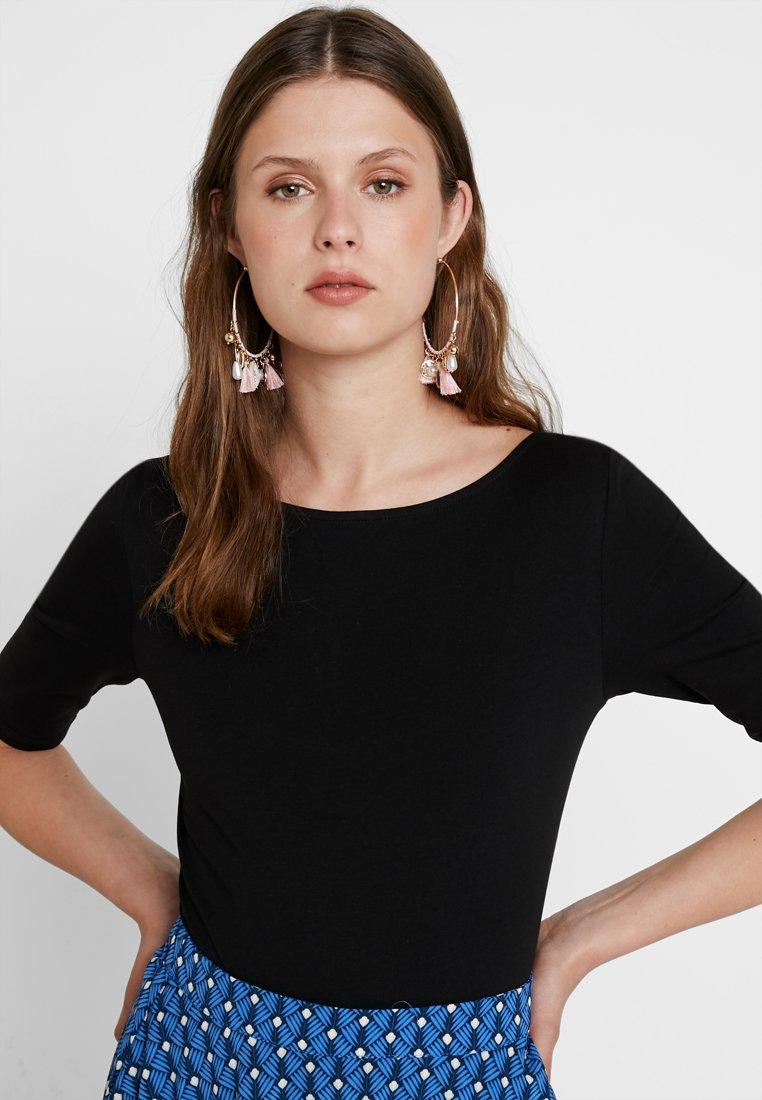 KIOMI TALL - T-shirt basic - black