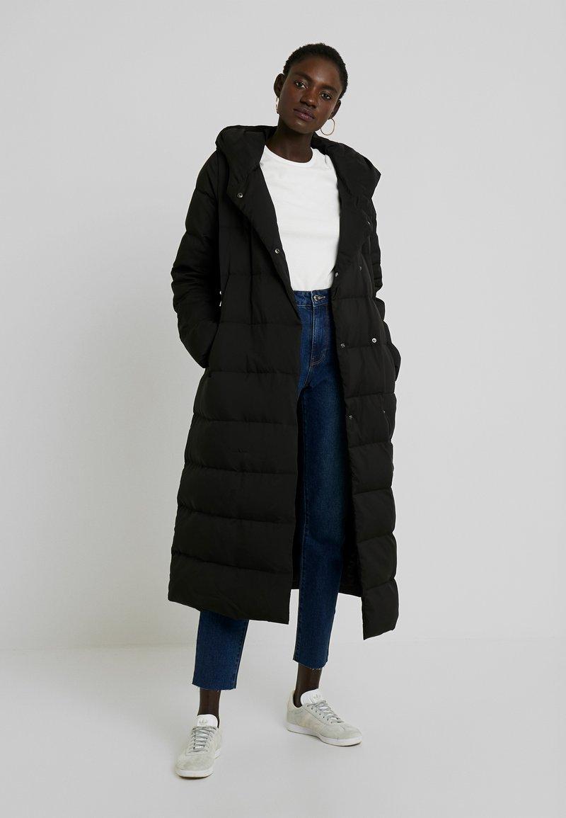 KIOMI TALL - Down coat - black