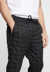 Kings Will Dream - ELGO - Pantaloni - black/white - 3