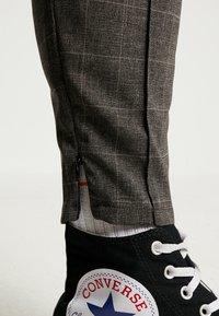 Kings Will Dream - ALDO SMART JOGGERS - Kalhoty - charcoal - 4