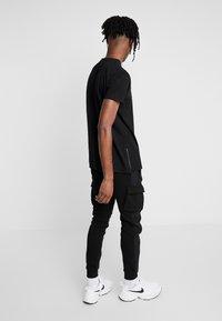 Kings Will Dream - GROCKTON JOGGERS  - Pantalon de survêtement - black - 2