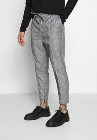 Kings Will Dream - ALDEN SMART JOGGERS  - Spodnie treningowe - grey - 0