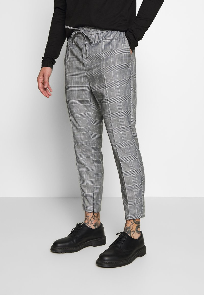 Kings Will Dream - ALDEN SMART JOGGERS  - Spodnie treningowe - grey