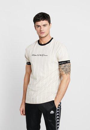 T-shirt med print - sand /white