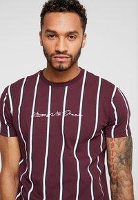 Kings Will Dream - T-shirt con stampa - burgundy/white/navy - 4