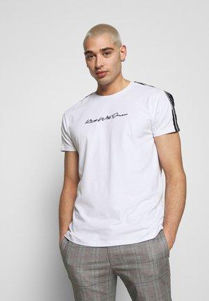 KINGS WILL DREAM - T-shirt med print - white