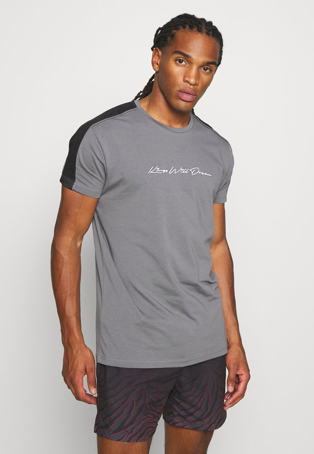 MLORTON - T-shirt con stampa - charcoal