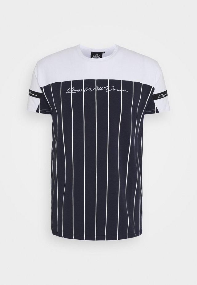 YEZ TEE - Print T-shirt - navy/white