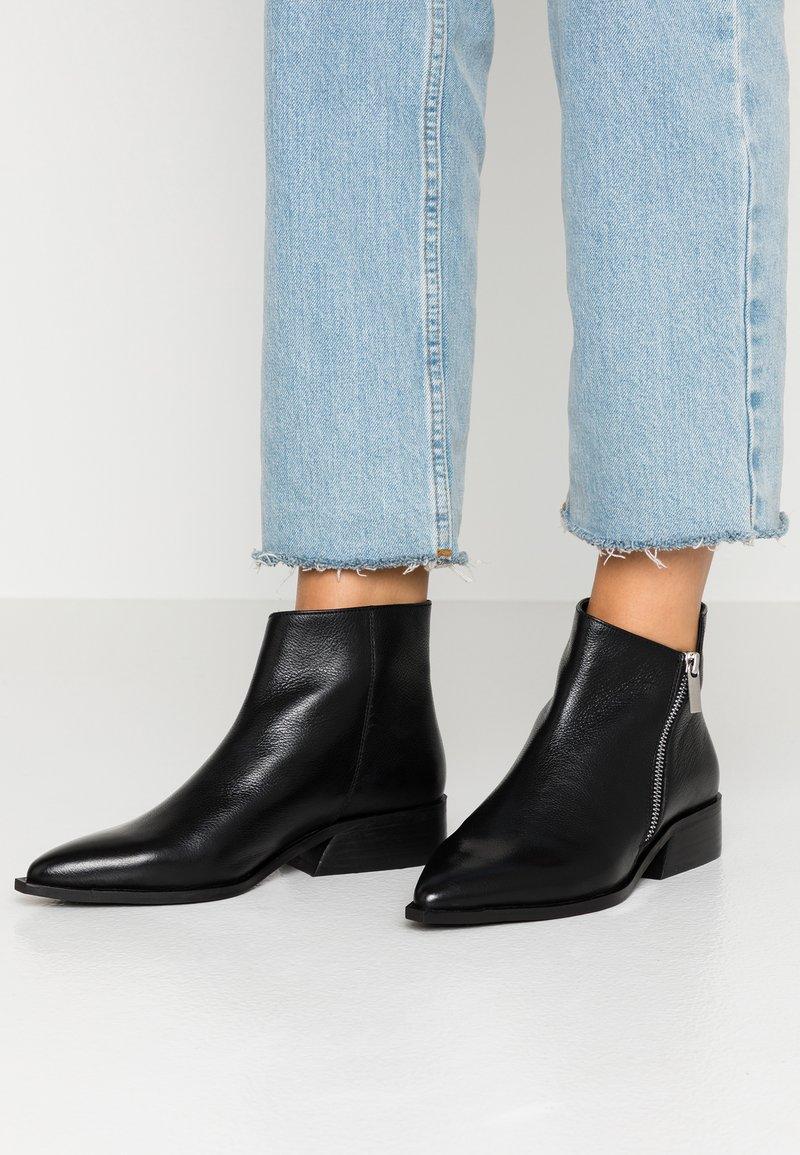 KIOMI Wide Fit - Ankle boots - black
