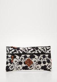 Kidzroom - BACKPACK AND PENCIL CASE MICKEY MOUSE ALL TOGETHER SET - Školní taška - black/white - 4