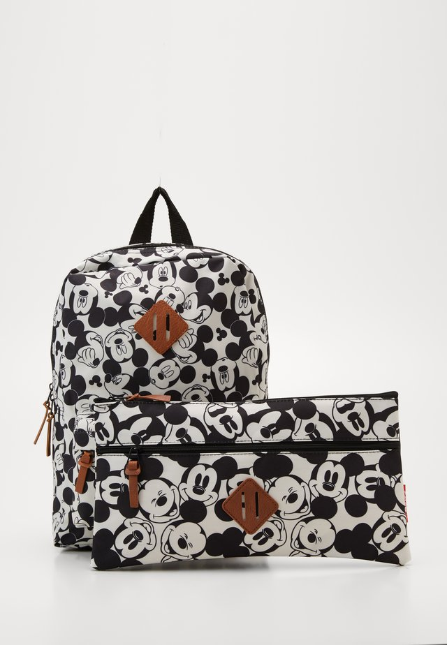 BACKPACK AND PENCIL CASE MICKEY MOUSE ALL TOGETHER SET - Skoleransel - black/white