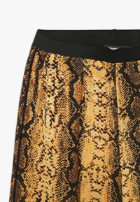 Kids ONLY - KONCOCO CULOTTE PALAZZO PANT - Trousers - golden yellow - 3