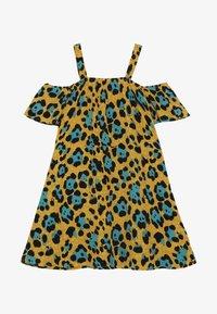 Kids ONLY - KONIDUN COLDSHOULDER DRESS - Denní šaty - mango mojito - 2