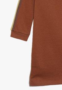 Kids ONLY - KONBETTY TAPE DRESS  - Denní šaty - ginger bread - 3