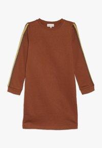 Kids ONLY - KONBETTY TAPE DRESS  - Denní šaty - ginger bread - 0