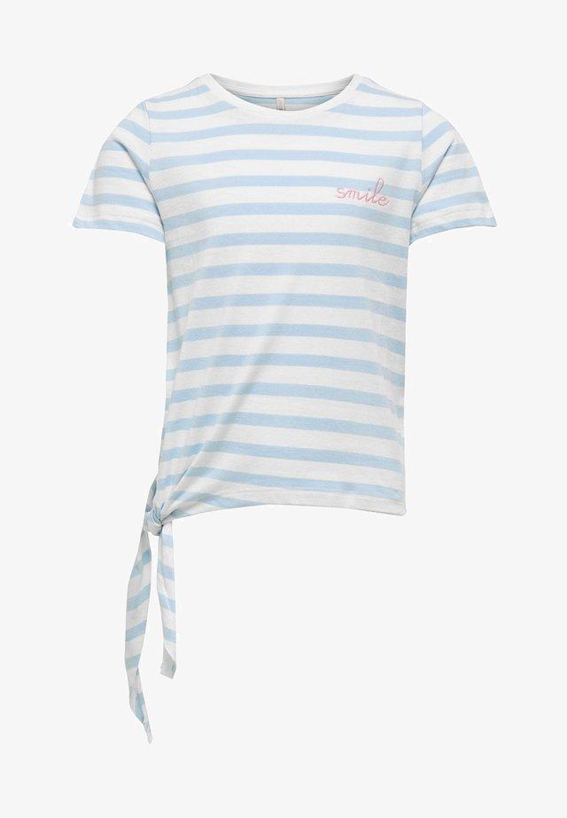 Print T-shirt - cashmere blue/cloud dancer