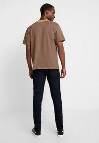 Kiez - DISTRESSED  - Skinny džíny - washed black - 2
