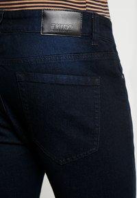 Kiez - DISTRESSED  - Skinny džíny - washed black - 5