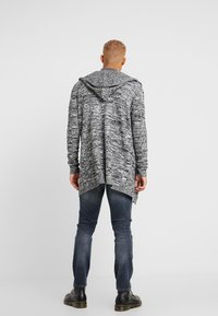Kiez - HOODED SHAWL CARDIGAN - Vest - charcoal twisted yarn - 2