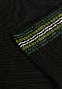 Kickers Classics - STRIPED HEM SKIRT - Mini skirt - black/green - 2