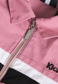 Kickers Classics - CHEST PANELLED FITTED DRESS - Shirt dress - pink - 2