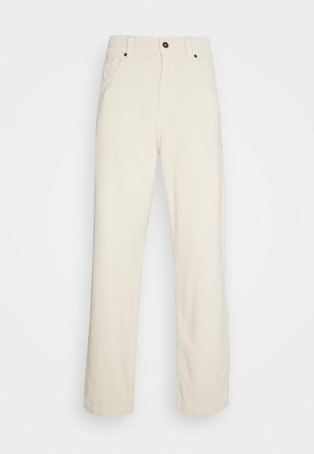 TROUSERS - Spodnie materiałowe - whitecap grey
