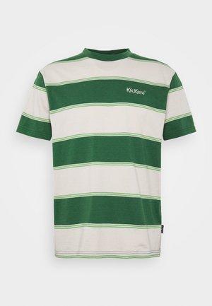 HORIZONAL STRIPE TEE - Print T-shirt - beige/green