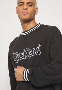 Kickers Classics - CLASSIC CREWNECK  - Sweatshirt - black - 3