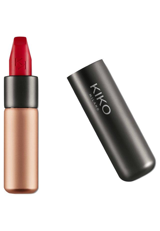VELVET PASSION MATTE LIPSTICK - Rouge à lèvres - 312 cherry