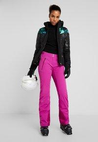 Kjus - WOMEN FORMULA PANTS - Zimní kalhoty - fruity pink - 1